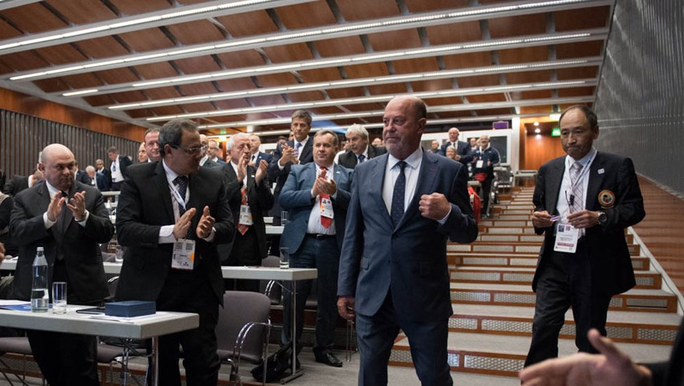 Эспинос переизбран напост президента глобальной федерации каратэ