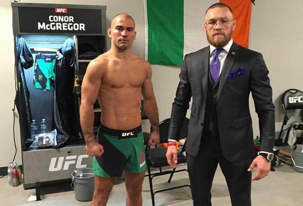 Лобов проиграл Свонсону впоединке UFC Fight Night 108