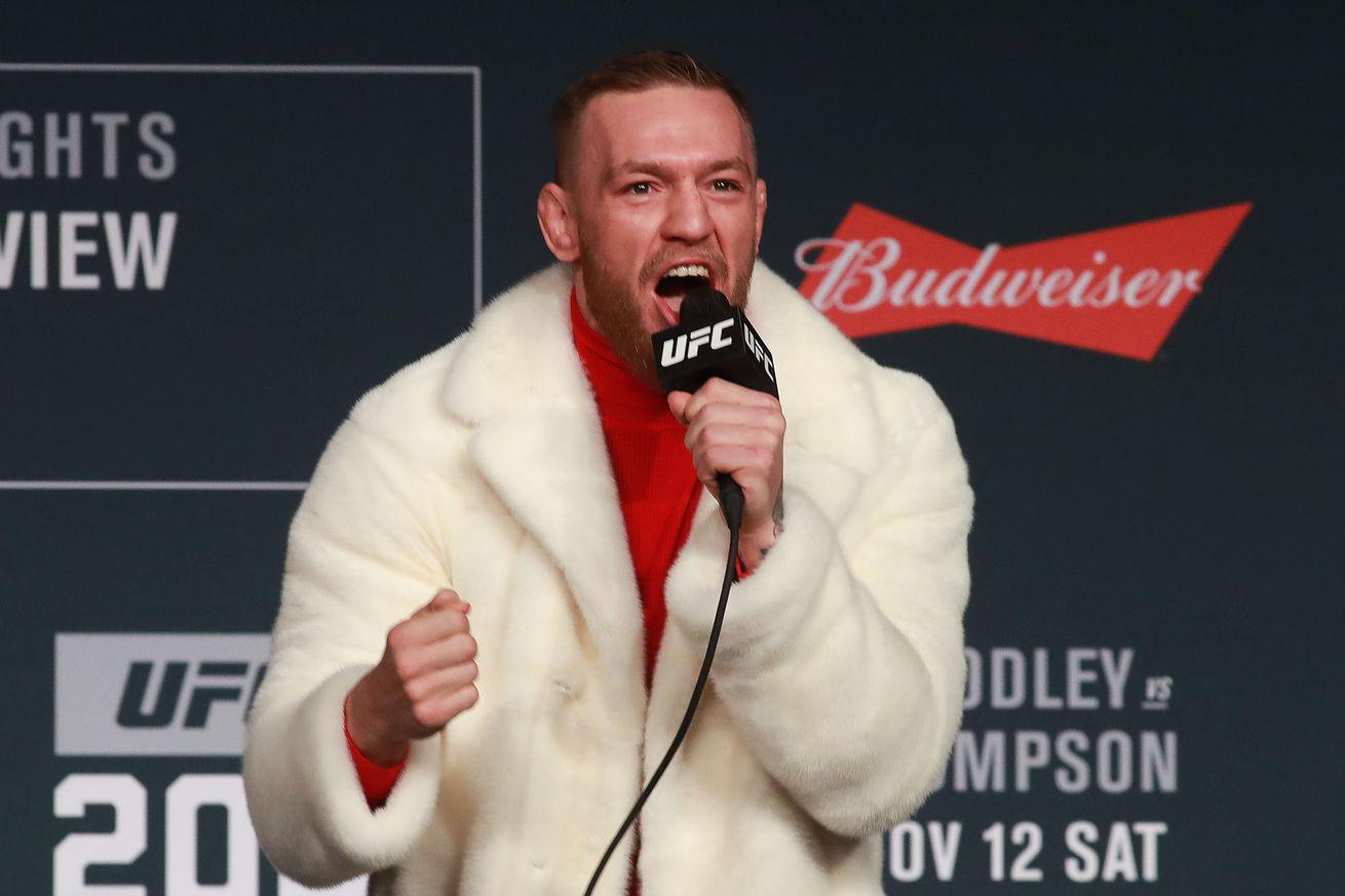 Рой Джонс желает боксировать вандеркарте боя Мейвезер— Макгрегор