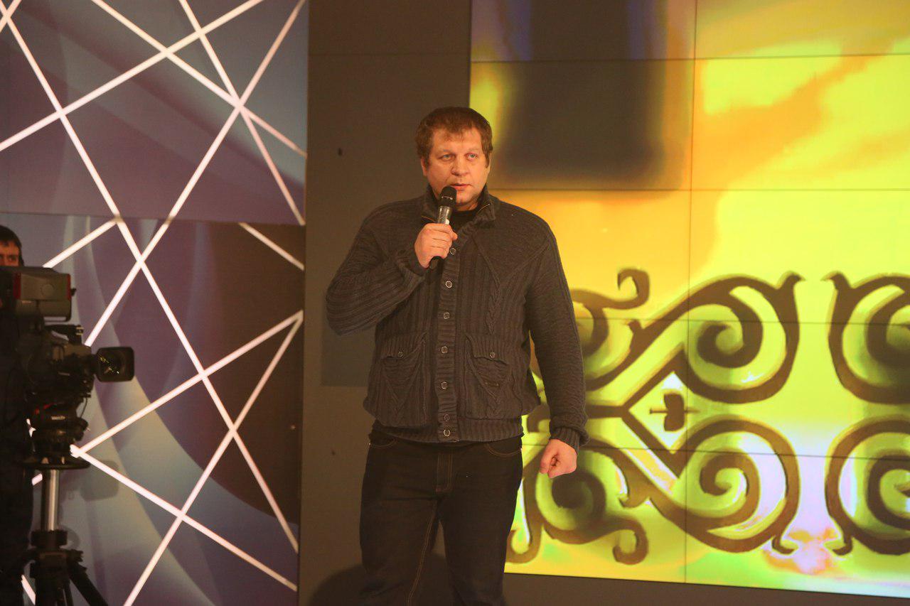 Александр Емельяненко может заключить договор склубом «Ахмат»