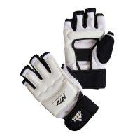 Боевые перчатки Fighter Gloves из полиуретана обладают антиаллергенными и антискользящими свойствами