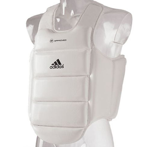 """Защита корпуса Chest Guard Wkf из высокотехнологичной ткани """"Cordura® """" эффективно защищает от прямых, боковых и случайных ударов по корпусу"""