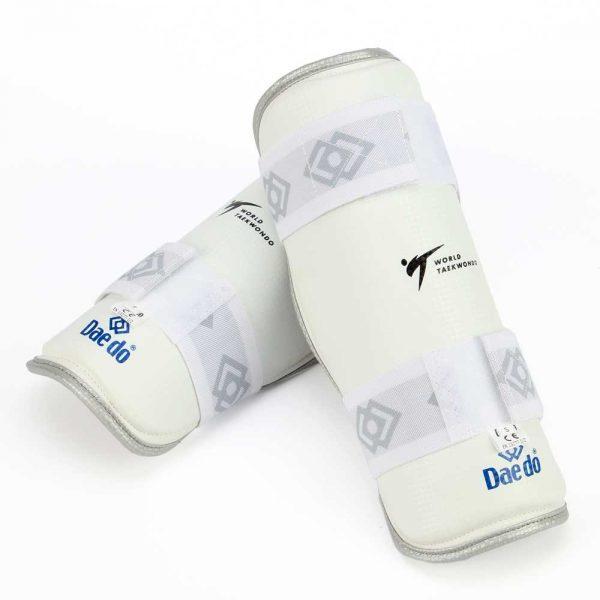 PRO15723 Защита голени для тхэквондо NEW белая WTF DAEDO