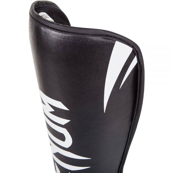 Щитки Venum Challenger Black/White