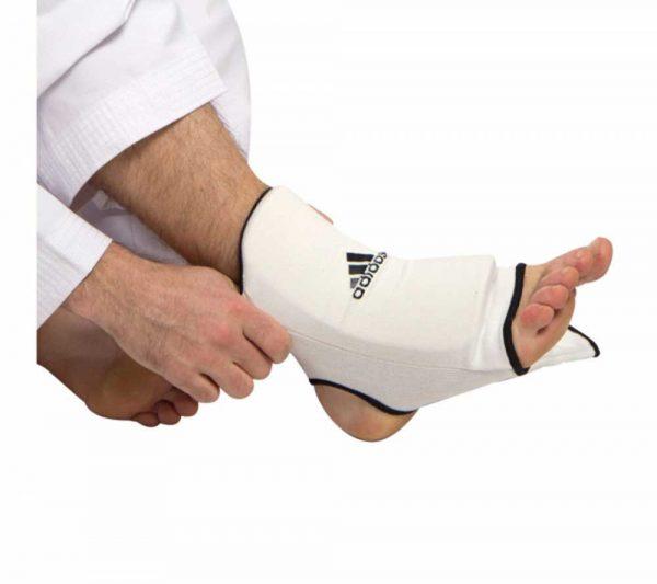 ADITEA01 Защита лодыжки эластик белая ADIDAS