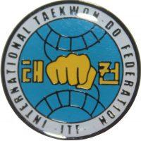 H356 Значок с логотипом ITF алюминий KHAN