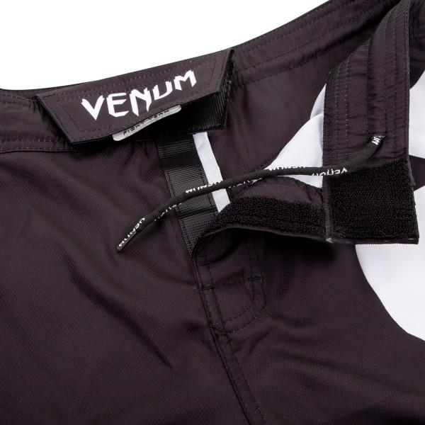 Шорты ММА Venum Light 3.0 Black/White